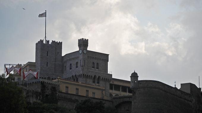 Wolken über dem fürstlichen Palast in Monaco.