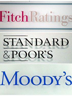 """Die """"großen Drei"""": S&P, Moody's und Fitch sind die weltweit bekanntesten und nagesehensten Ratingagenturen. Aber wie lange noch?"""