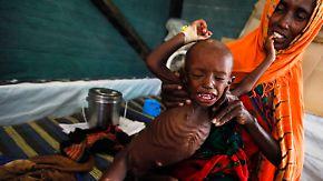 Hungersnot und viele tote Kinder: Mogadischu muss ruhig bleiben