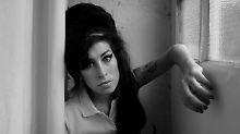 Erste Gerüchte am Nachmittag auf Twitter: Amy Winehouse tot aufgefunden