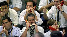 Nicht nur an der brasilianischen Börse in Sao Paulo wird viel telefoniert, in Südamerika boomt der Mobilfunkmarkt.