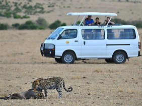 Kenia ist auf die Einnahmen aus dem Tourismus angewiesen ...
