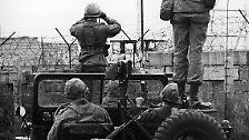 13. August 1961, Mauerbau in Berlin: Die DDR sperrt ihre Bürger ein