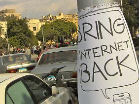 Auch in anderen Ländern - wie hier in Ägypten vor dem Sturz von Ex-Machthaber Husni Mubarak - zensieren Regierungen das Internet, um der Opposition zu schaden.