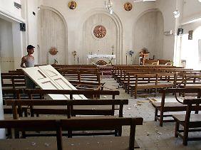 papst fordert friedliches miteinander terror gegen christen im irak n. Black Bedroom Furniture Sets. Home Design Ideas