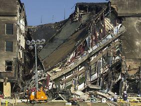 Zerstörte Gebäudeteile des Pentagons.