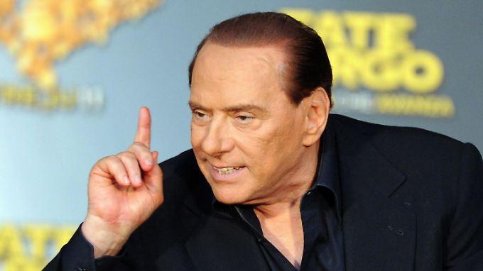 """""""Die Einschätzung von Standard & Poor's scheint mehr von Medienberichten als von der Realität diktiert worden zu sein"""", wettert Berlusconi."""