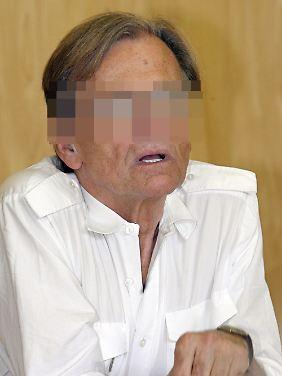Dieter K. beim Prozess in Paris im vergangenen Jahr.