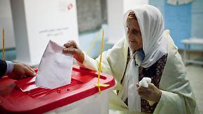 Erste freie Wahl in Tunesien: Arabische Welt startet Neuanfang