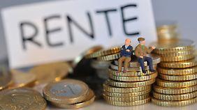Die eigentliche Zielgruppe, nämlich die Geringverdiener, interessiert sich kaum für die Riester-Rente.