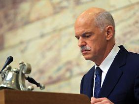 Papandreou muss mit schwindenden Mehrheiten und wachsendem Widerstand kämpfen.