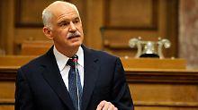 """Papandreou bittet zur Abstimmung: Ein """"Treppenwitz der Geschichte"""""""