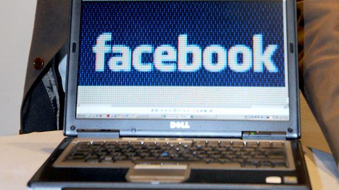 Nutzer sind schuld: Porno-Bilder fluten Facebook