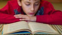 Bedrohung durch Fake News: Lehrerverband: Schüler versagen beim Lesen