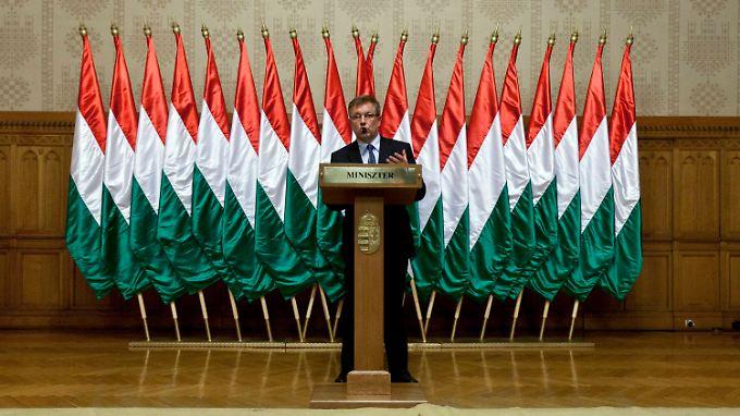 Auf Ramschniveau abgewertet: Ungarn bittet um finanzielle Hilfe