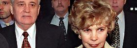 Gorbatschow lernte seine Frau Raissa bereits als Jura-Student kennen.