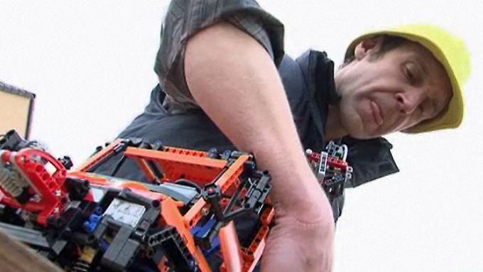 n-tv Ratgeber: Knippertz testet Unimog U400