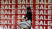 Ein Jahr Finanzkrise: Was für Verbraucher übrig bleibt