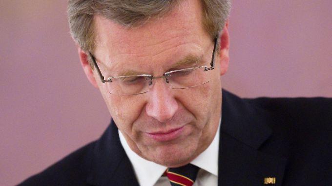 """Wulff tritt vor die Kameras: """"Das war nicht gradlinig"""""""