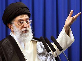 Ali Chamenei war der Empfänger der geheimen Geheimen Botschaft.