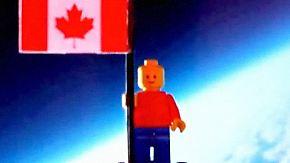 Video-Beweis einer kuriosen Reise: Jugendliche schicken Lego-Figur ins All