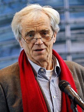 Hans-Christian Ströbele wird in der Sache sicher nicht locker lassen - dafür ist er bekannt.