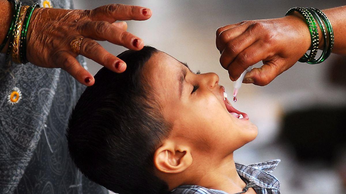 50 jahre kampf gegen polio schluck impfung ist s n
