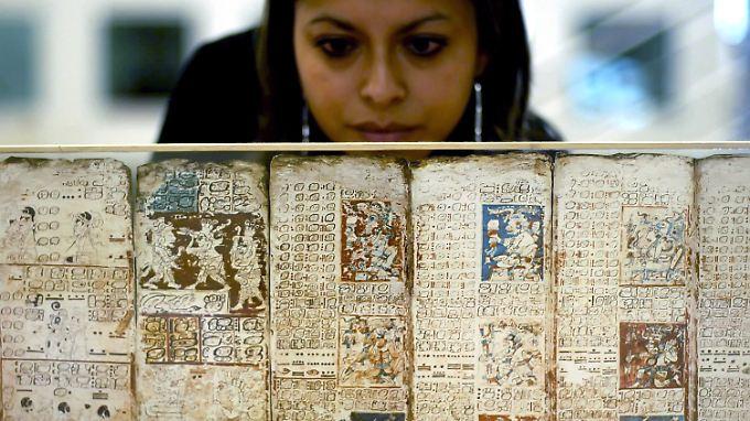 Steht die Apokalypse kurz bevor? Am 21.12.2012 endet der mehr als 5000 Jahre alte Kalender der einstigen Hochkultur. (im Bild: eine Kopie des Dresdner Maya-Kodex)