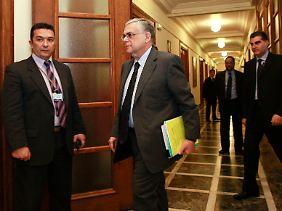 Bislang nur ein Spielball der Koalitionsparteien: Lukas Papademos.