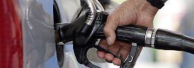 Video: Benzin-Preise erreichen Rekordniveau