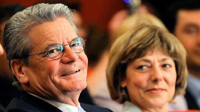 Joachim Gauck mit seiner Lebensgefährtin Daniela Schadt.