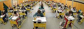 Ein gemeinsames Abitur für ganz Deutschland wird es nicht geben - nur vergleichbare Standards.