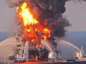 """Am 20. April 20120 explodierte die """"Deepwater Horizon"""" und löste die größte Ölpest der US-Geschichte aus."""