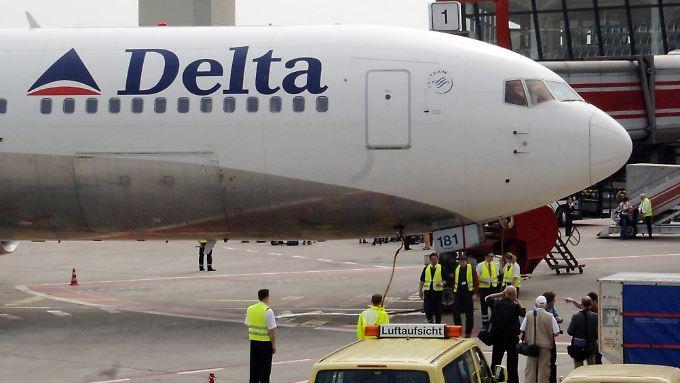 Im Kampf gegen die hohen  Spritpreise kauft Delta Airlines sich eine eigene Raffinerie.