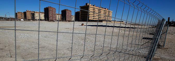 Investitionsruinen: Nicht fertiggestellte Häuser in einem Vorort von Madrid.