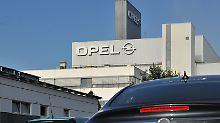 Opel-Werk in Eisenach: Angeblich prüft der Autobauer, die Produktion des Corsa komplett nach Spanien zu verlagern.