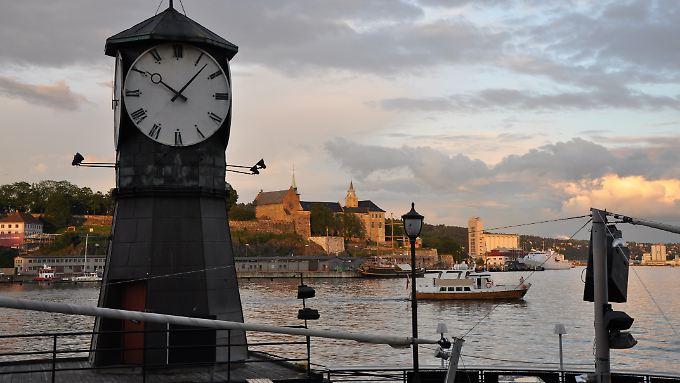 Oslo im späten Juni: Es ist schon nach 22.00 Uhr und trotzdem will die Sonne nicht untergehen.