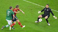 Fernando Torres (m.) traf doppelt.