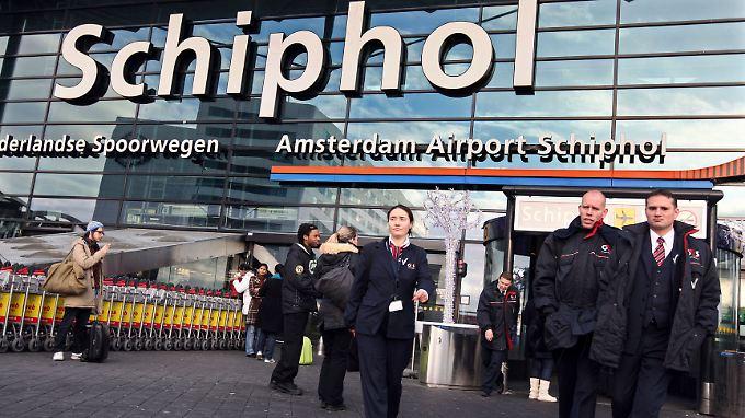 Am Amsterdamer Flughafen Schiphol soll alles nach Vorschrift gelaufen sein.