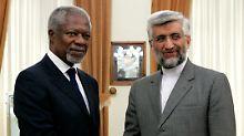 Kofi Annan mit dem Vorsitzenden des iranischen Sicherheitsrates Saeed Dschalili.