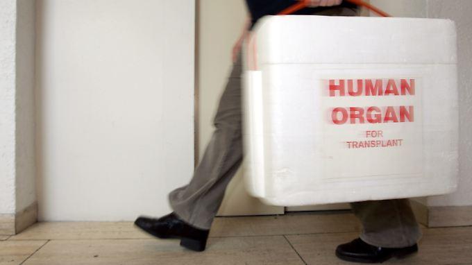 Skandal an Uniklinik Göttingen: Arzt fälscht Akten und verschiebt Organe