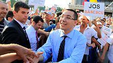 Regierungschef Victor Ponta befindet sich wegen Schummeleien in seiner Doktorarbeit in der Kritik.