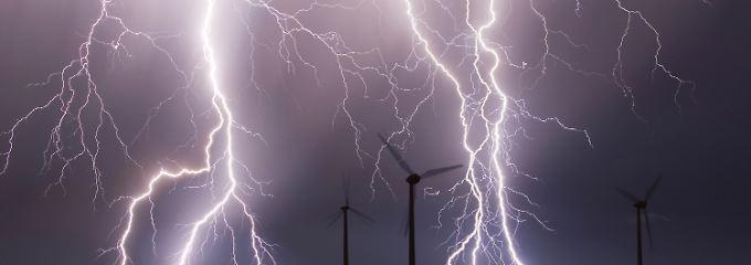 Die Energiewende verteuert erstmal den Strom.