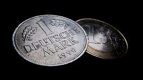 Wohlstand und Arbeitsplätze wären in Gefahr: Allianz warnt vor Rückkehr zur D-Mark