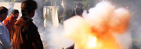 Nicht nur Traditionsvereine überprüfen die Feuerkraft ihrer Kanonen. Auch der ESM soll wirksam werden.