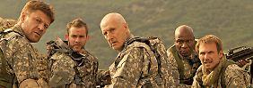 """Dimidow (Sean Bean), Sin (Dominic Monaghan), Sam Haussmann (James Cromwell), """"Grim Reaper"""" (Ving Rhames) und McCenzie (Christian Slater): Am Ende des Films sind sie eine kämpfende Einheit."""