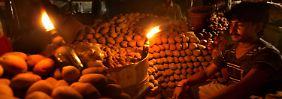 Ohne Kerzen geht in Indien in der Nacht nichts mehr.