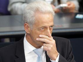 Terminchaos: Peter Ramsauer lässt sich eine Hintertür offen.
