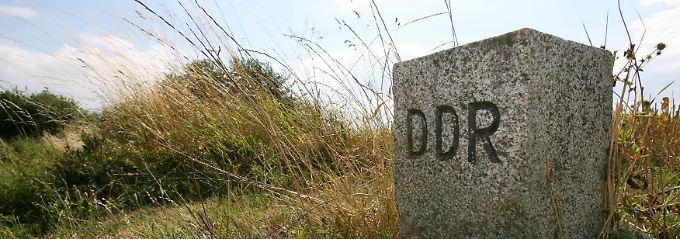 Grenzstein an der einstigen innerdeutschen Grenze.