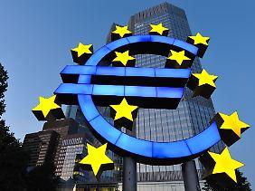 Der Umzug in den Neubau kommt gerade recht: Die EZB soll nach dem Willen der EU-Kommission zur zentralen Super-Aufsicht aufsteigen.